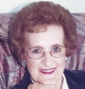 Mme Estelle Lussier-Caldwell