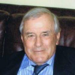 M. Étienne Duval     1930-2018